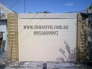 Роллета для въездных ворот в Донецке с автоматическим приводом