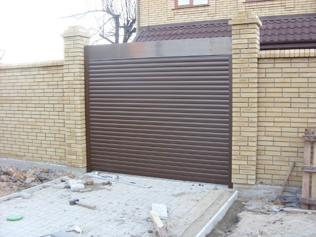 Ролетные ворота в Енакиево