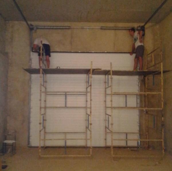 Подготовка проема для установки секционных ворот Донецк